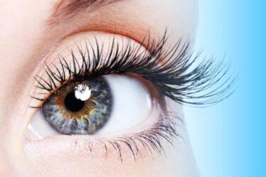 Eyelash hair transplant in Dubai